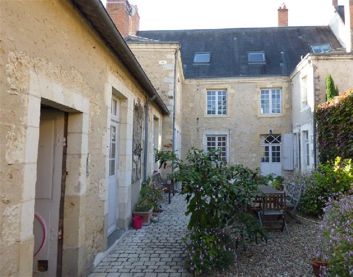 Town character property - Mansion  in Pays de Loire - Sarthe Area.