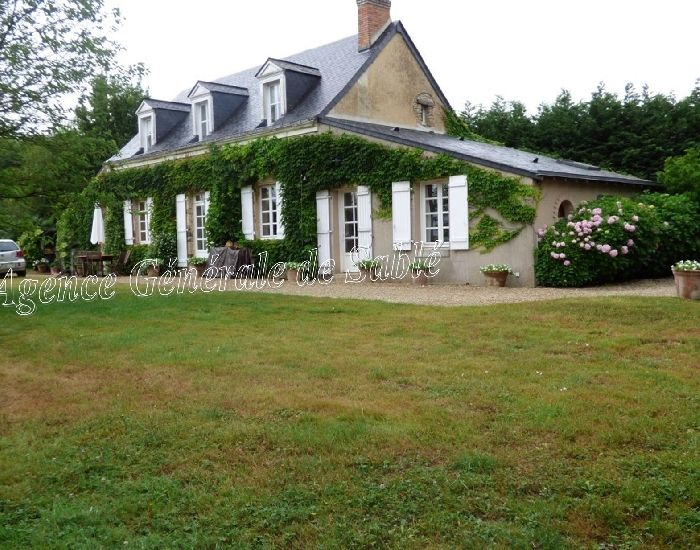 Perfect Character House At 12 Minutes From The Town Of Sablé For Sale