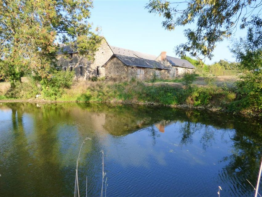 France -Pays de Loire -  Character country property with pond and outbuildings