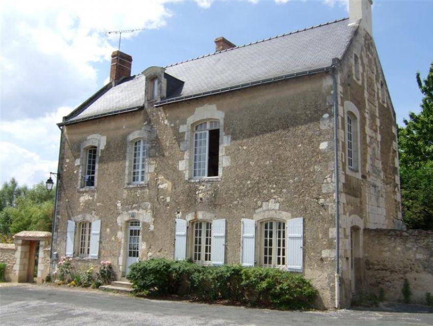 Pays de Loire - Anjou - Maine et Loire - Character property